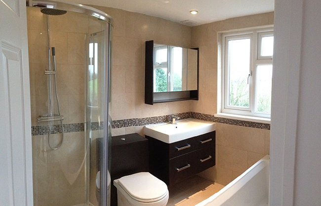 Contemporary, luxury & space saving loft bathrooms